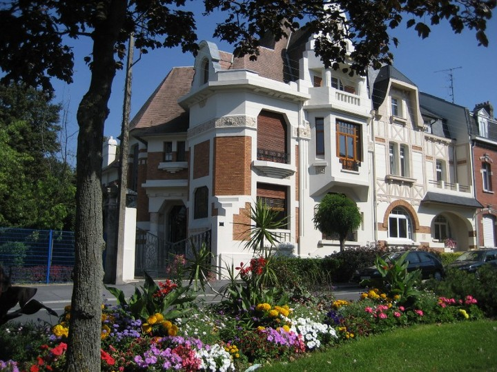 Architecte Cambrai architectes et entrepreneurs reconstruisent cambrai
